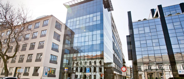 Lazaretska 12, Bratislava - Staré Mesto | Prenájom kancelárií od CBRE