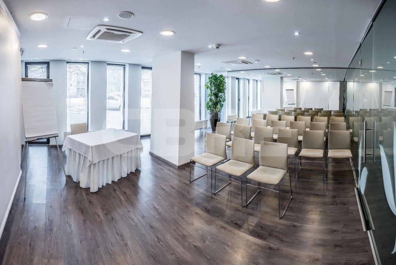 Kancelárske priestory v Hoteli Yasmin, Košice - Staré Mesto | Prenájom kancelárií od CBRE | 2