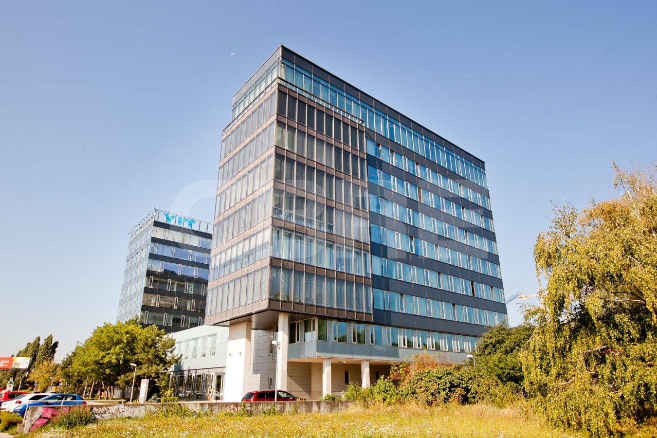 Reding Tower 1, Bratislava - Rača | Offices for rent by CBRE | 1