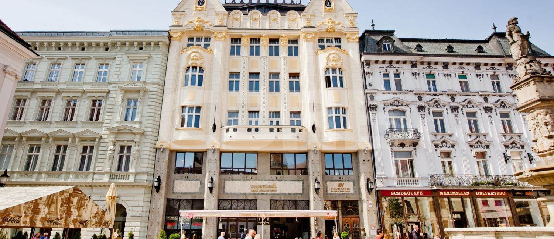Hlavné námestie 5 - Kooperativa building, Bratislava - Staré Mesto | Prenájom kancelárií od CBRE