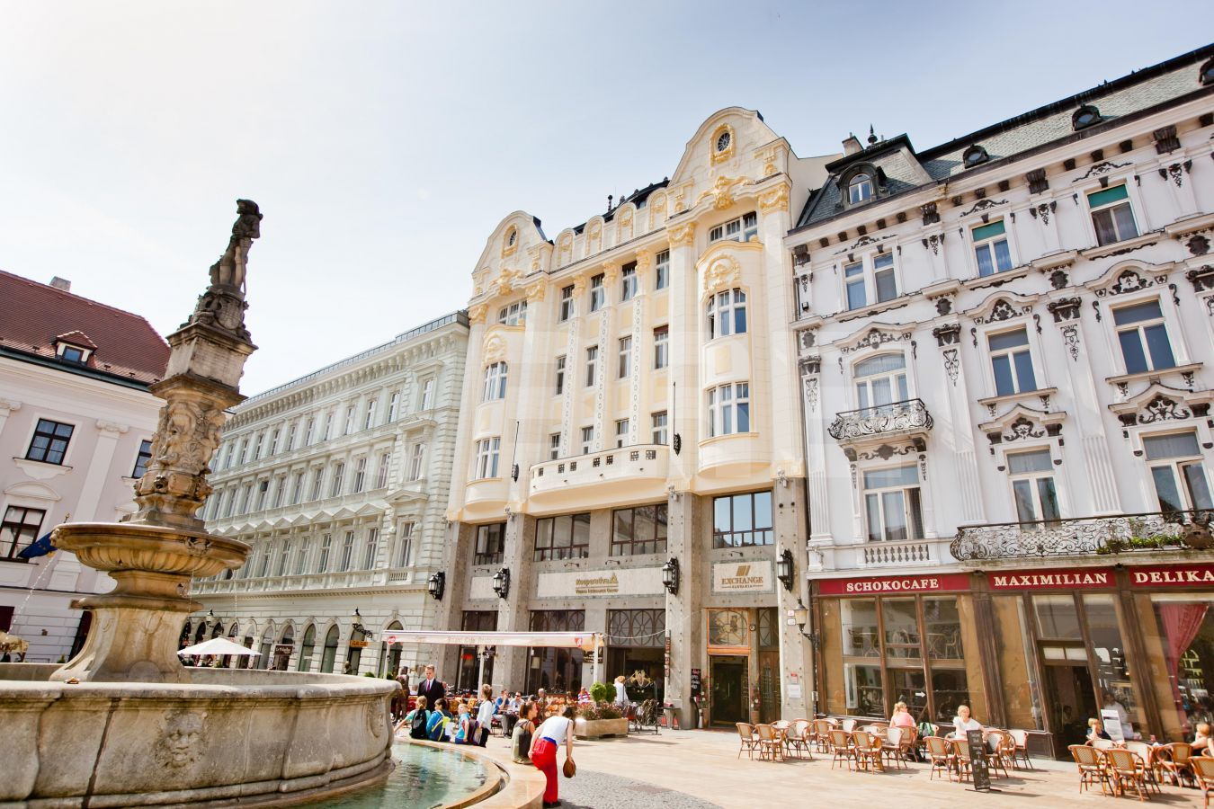 Hlavné námestie 5 - Kooperativa building, Bratislava - Staré Mesto | Prenájom kancelárií od CBRE | 1