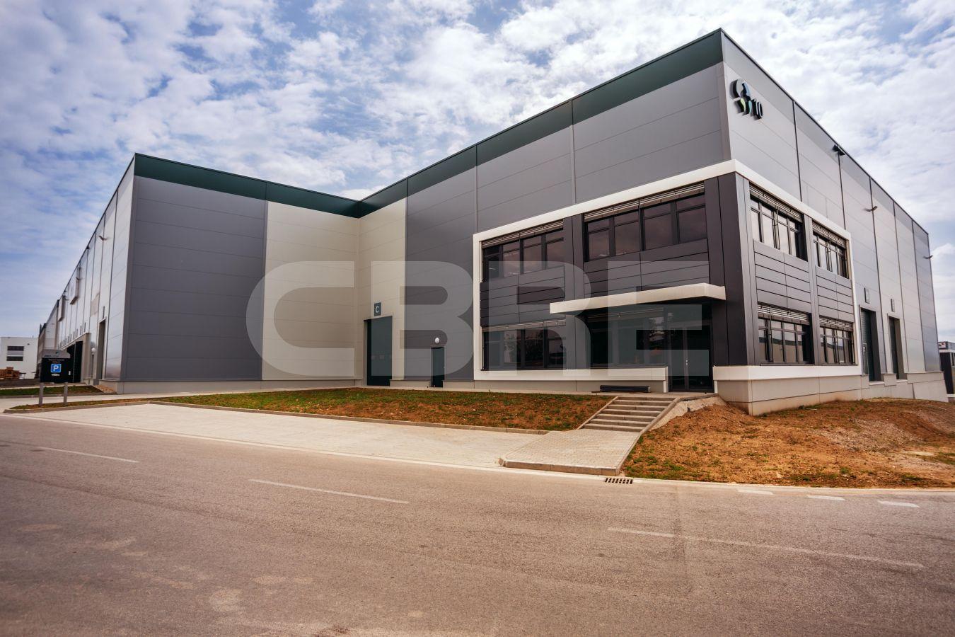Prologis Park Senec - DC 10A, Bratislavský kraj, Senec | Prenájom a predaj skladov a výrobných hál od CBRE | 1