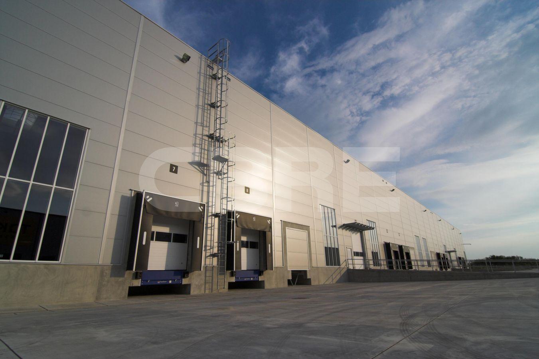 P3 Senec- Hall B, Bratislavský kraj, Senec | Prenájom a predaj skladov a výrobných hál od CBRE | 3