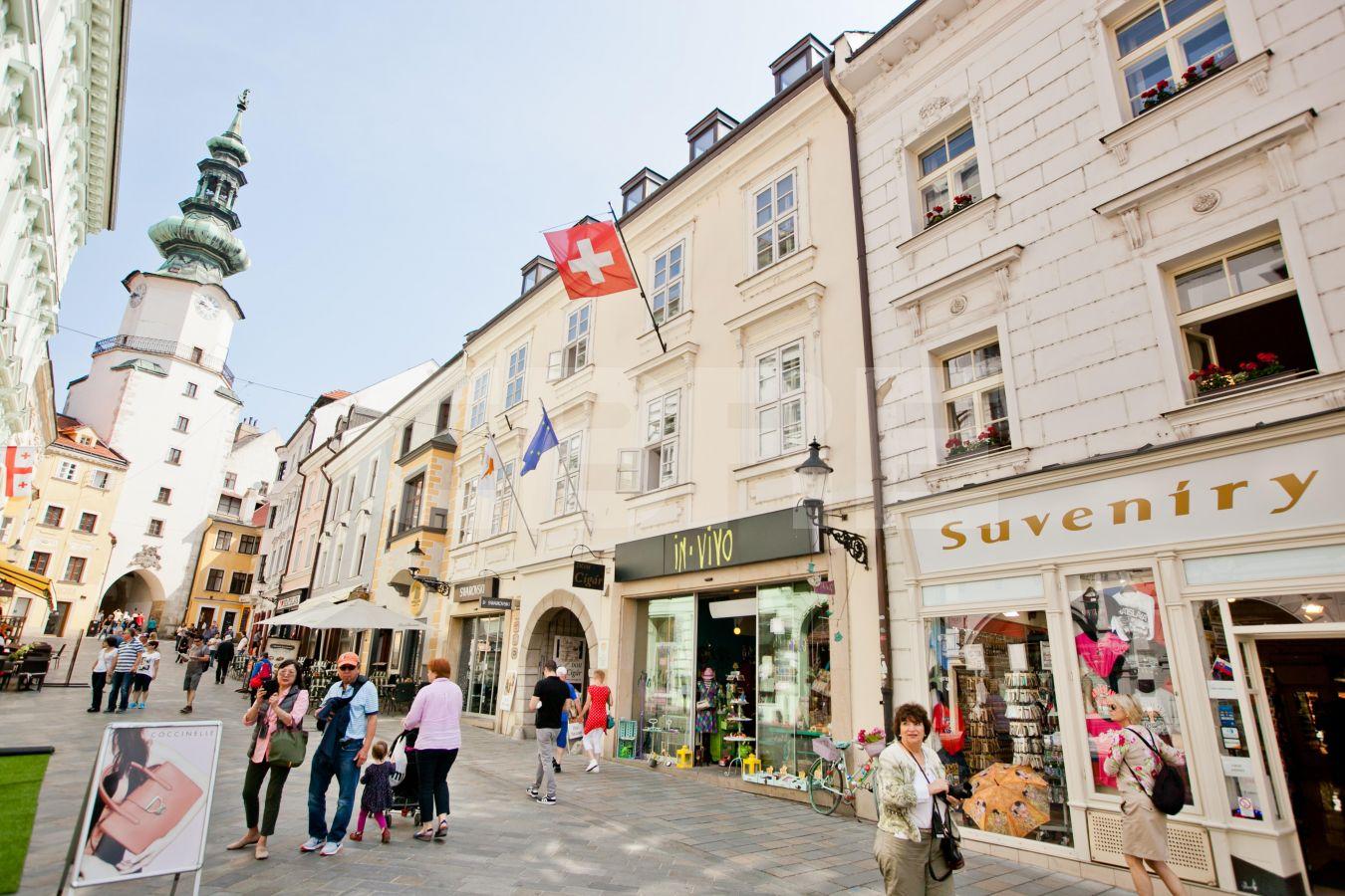 Michalská - Burghers House, Bratislava - Staré Mesto | Prenájom kancelárií od CBRE | 3
