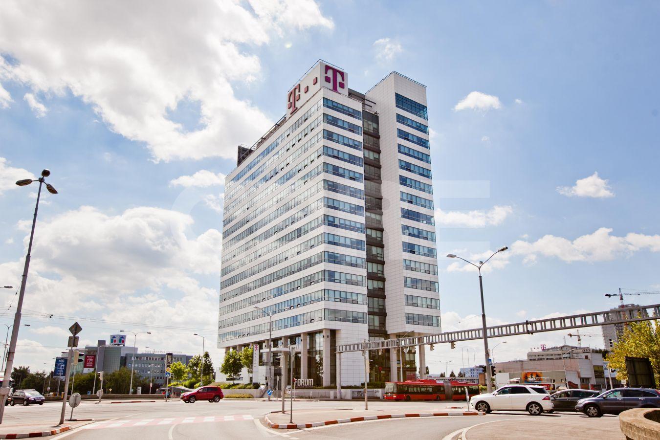 Forum BC, Bratislava - Ružinov | Prenájom kancelárií od CBRE | 2