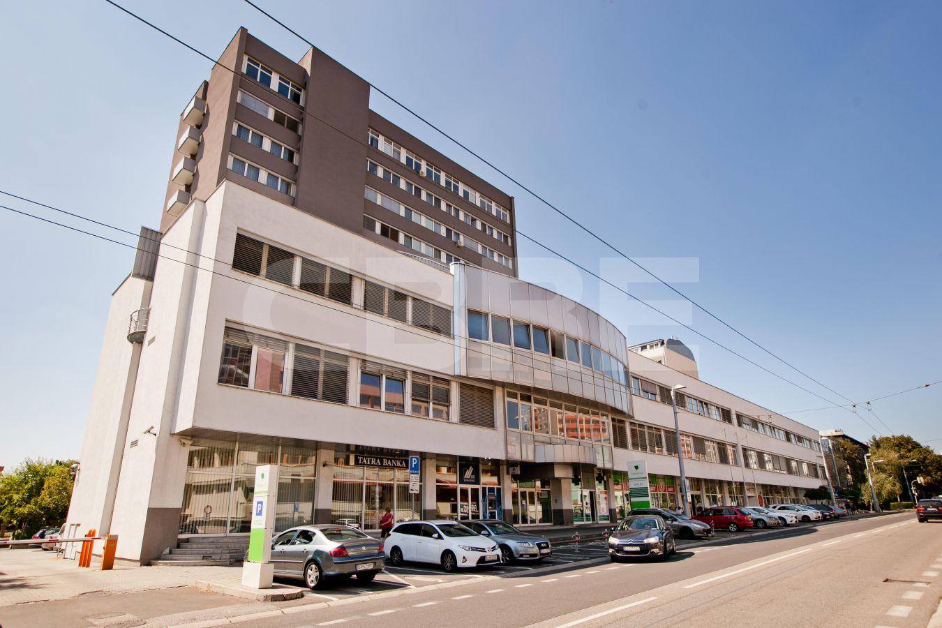 Stromová 9, Bratislava - Rača | Prenájom kancelárií od CBRE | 2