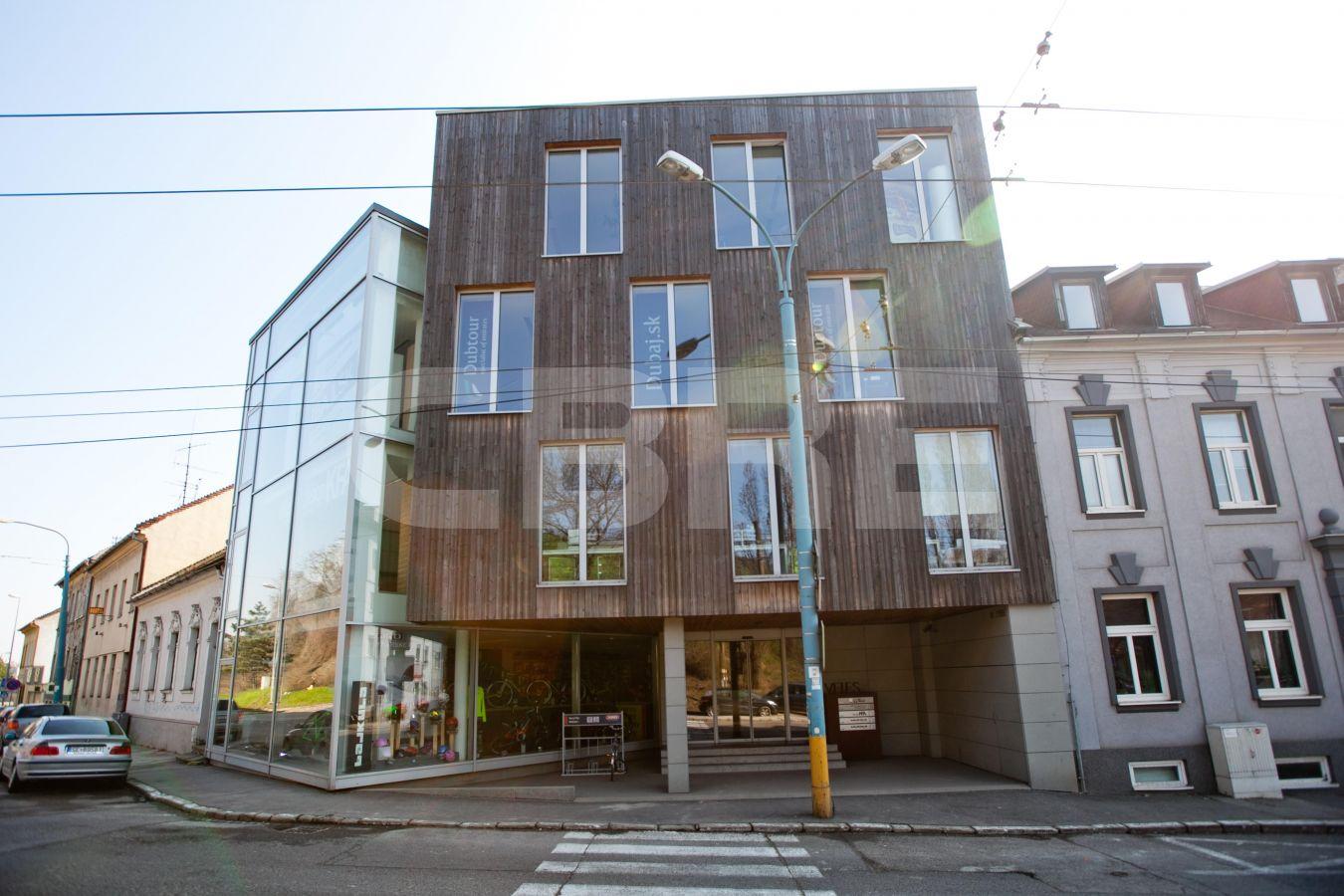 Karpatská 28, Bratislava - Staré Mesto | Offices for rent by CBRE | 2