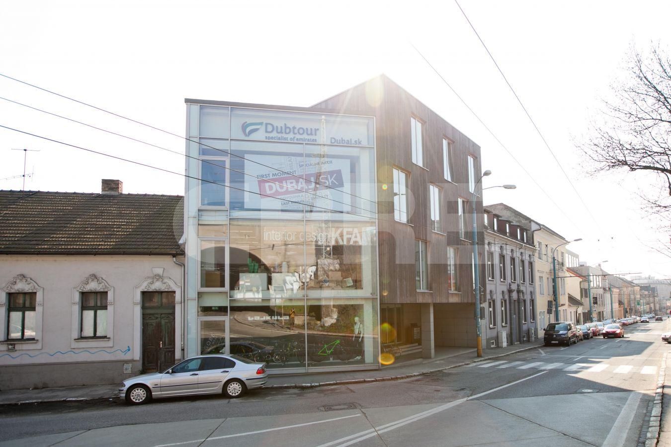 Karpatská 28, Bratislava - Staré Mesto | Offices for rent by CBRE | 3