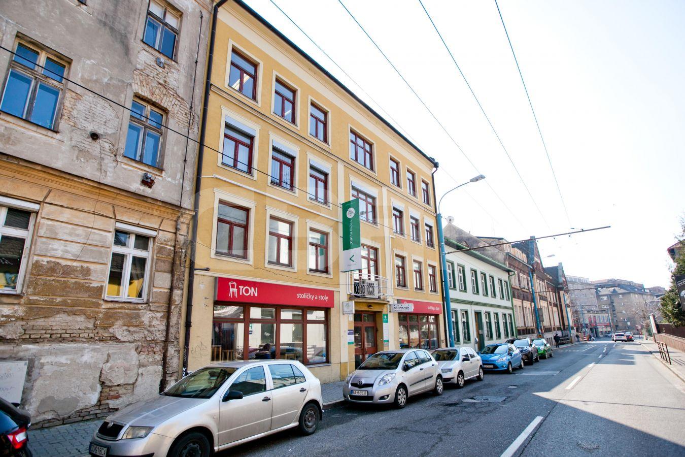 Karpatská 8, Bratislava - Staré Mesto | Prenájom kancelárií od CBRE | 2