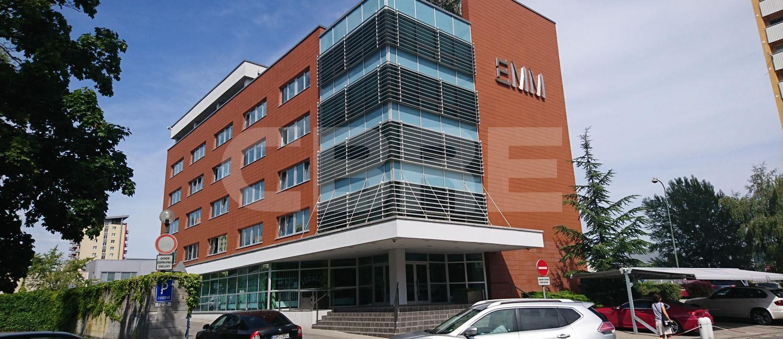 EMM Building, Bratislava - Dúbravka | Prenájom kancelárií od CBRE