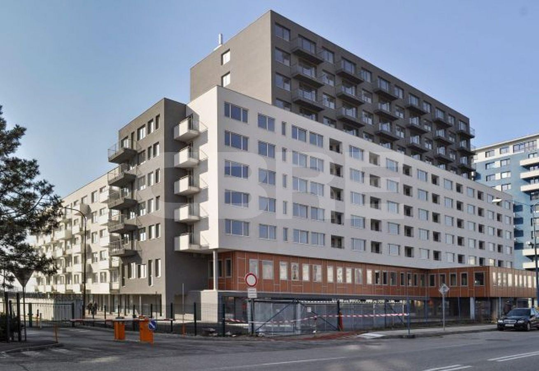 Solar, Bratislava - Petržalka | Offices for rent by CBRE | 1