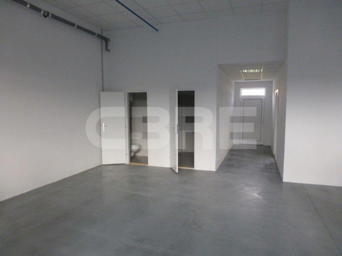 Údernícka, Bratislava V. - 520 m2, Bratislavský kraj, Bratislava   Prenájom a predaj skladov a výrobných hál od CBRE   1