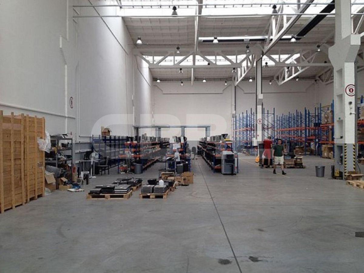 Kopčianska, Bratislava V. - 600 m2, Bratislavský kraj, Bratislava | Prenájom a predaj skladov a výrobných hál od CBRE | 1