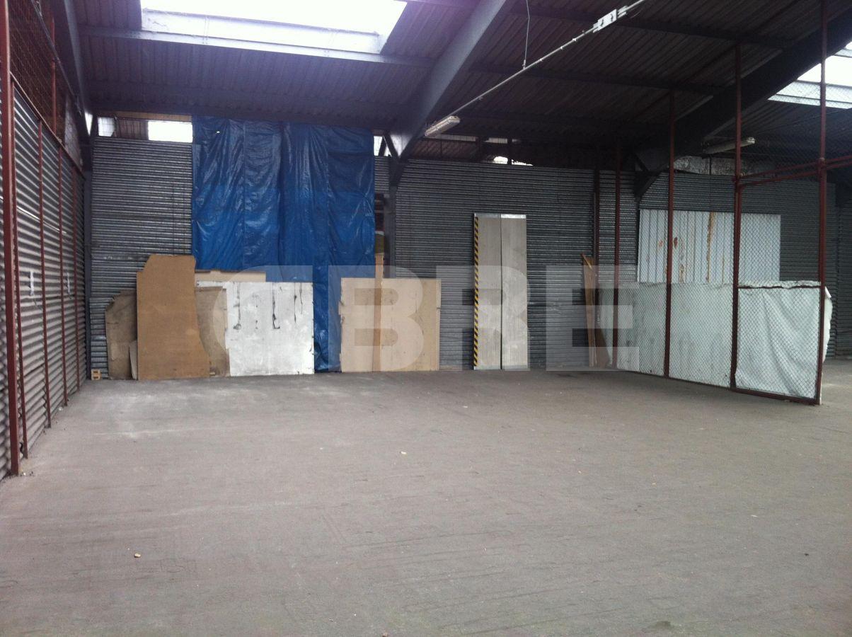 Staviteľská, Bratislava III - 400 m2, Bratislavský kraj, Bratislava | Prenájom a predaj skladov a výrobných hál od CBRE | 1