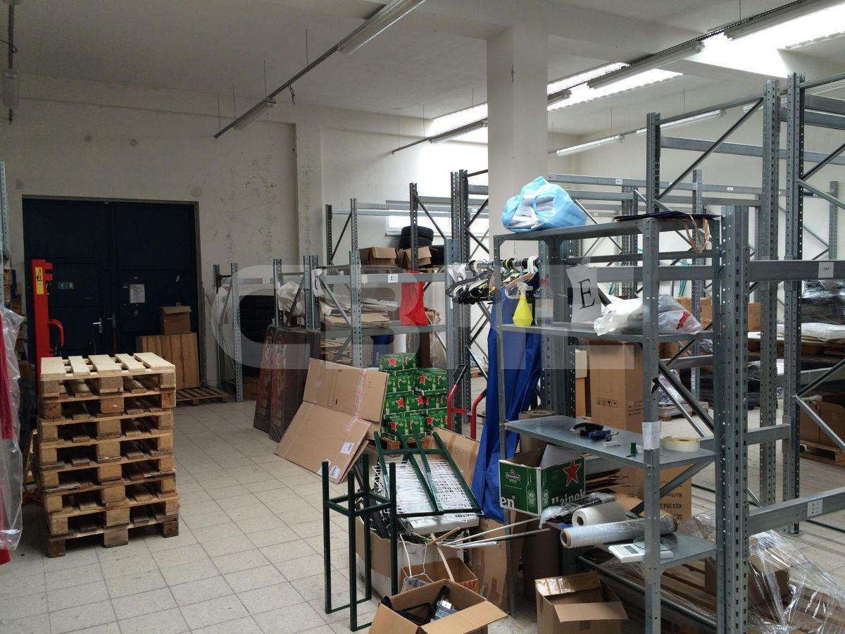 Turbínová, Bratislava III - 390 m2, Bratislavský kraj, Bratislava | Prenájom a predaj skladov a výrobných hál od CBRE | 2