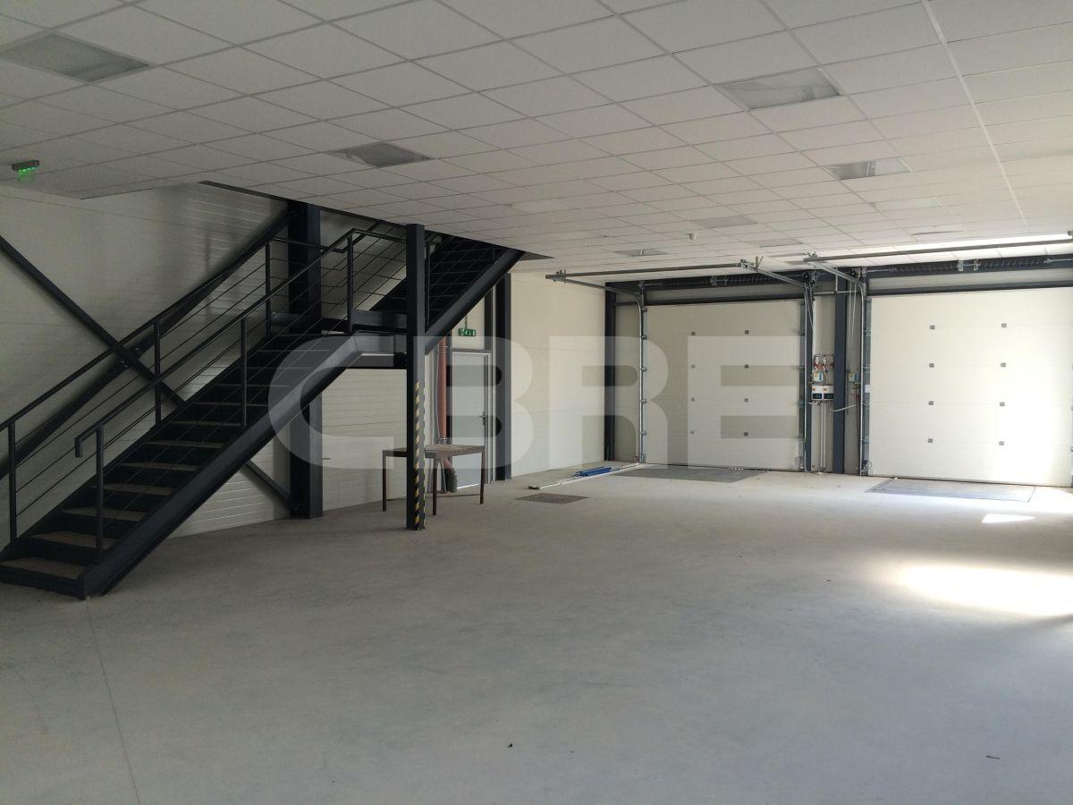 Stará Vajnorská, Bratislava III - 980 m2, Bratislavský kraj, Bratislava | Prenájom a predaj skladov a výrobných hál od CBRE | 1