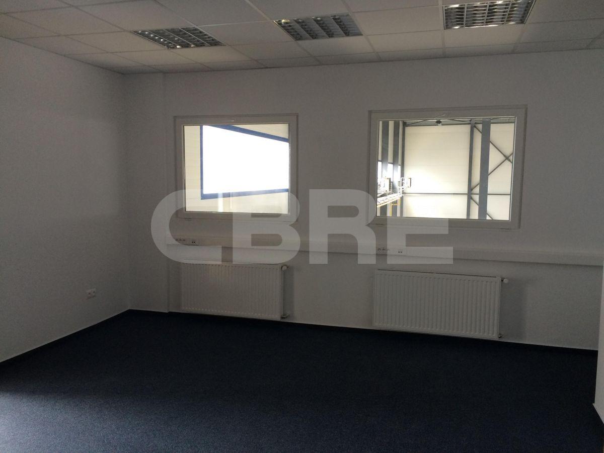 Stará Vajnorská, Bratislava III - 980 m2, Bratislavský kraj, Bratislava | Prenájom a predaj skladov a výrobných hál od CBRE | 5