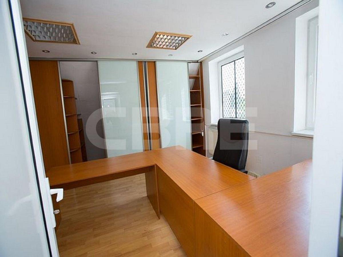 Stará Vajnorská, Bratislava III - 1468 m2, Bratislavský kraj, Bratislava | Prenájom a predaj skladov a výrobných hál od CBRE | 4