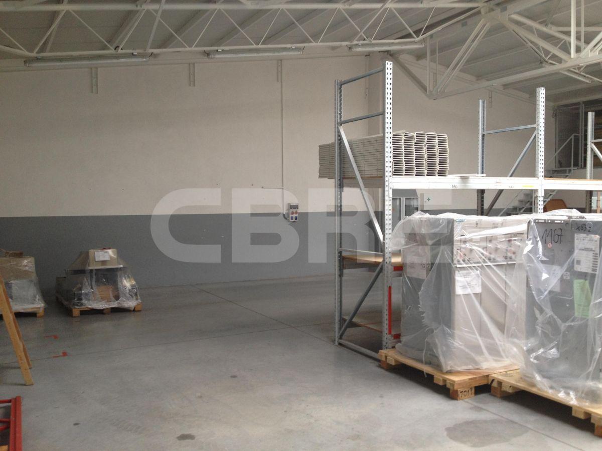 Lozorno - 551 m2, Bratislavský kraj, Bratislava | Prenájom a predaj skladov a výrobných hál od CBRE | 2