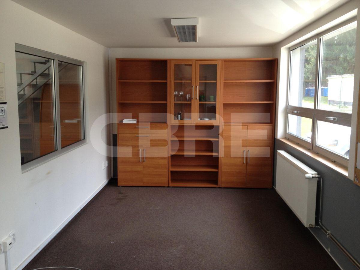 Lozorno - 551 m2, Bratislavský kraj, Bratislava | Prenájom a predaj skladov a výrobných hál od CBRE | 3