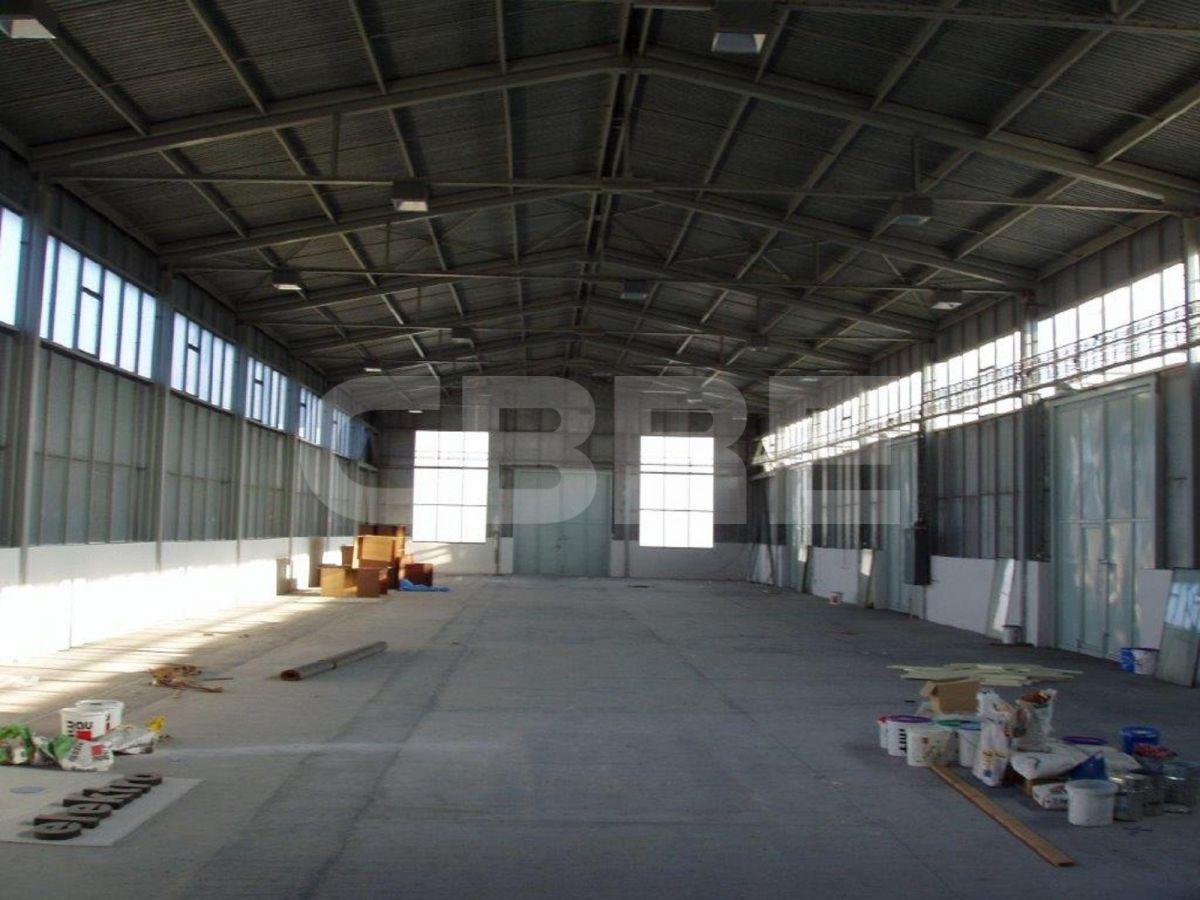 Raca, Bratislava III - 1000 m2, Bratislavský kraj, Bratislava | Prenájom a predaj skladov a výrobných hál od CBRE | 1