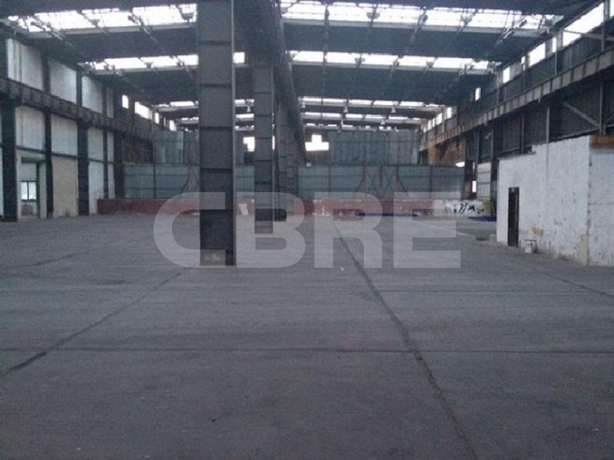Pezinok - 2400 m2, Bratislavský kraj, Bratislava | Prenájom a predaj skladov a výrobných hál od CBRE | 1