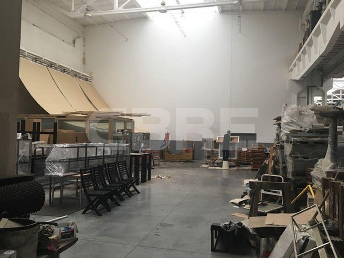 Kopčianska, Petržalka, Bratislava - 646 m², Bratislavský kraj, Bratislava | Prenájom a predaj skladov a výrobných hál od CBRE | 1