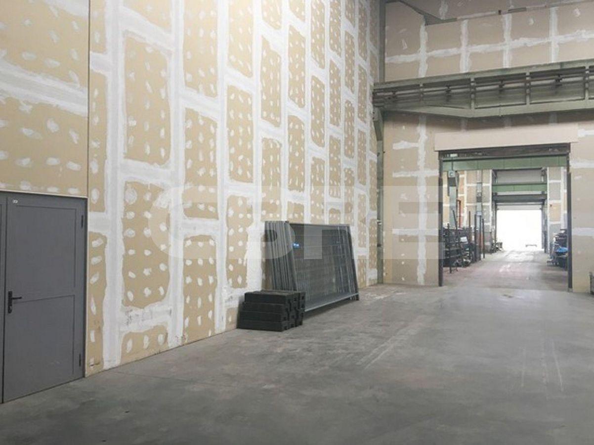 Kopčianska, Petržalka, Bratislava - 646 m², Bratislavský kraj, Bratislava | Prenájom a predaj skladov a výrobných hál od CBRE | 2