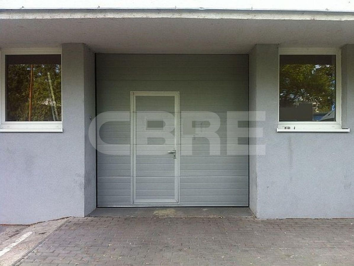 Kopčianska, Petržalka, Bratislava - 370 m², Bratislavský kraj, Bratislava | Prenájom a predaj skladov a výrobných hál od CBRE | 2