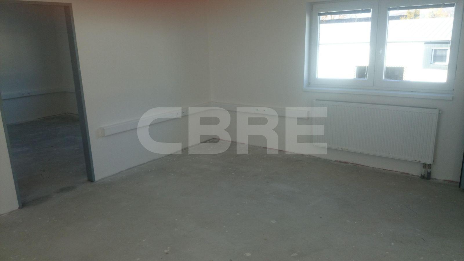 Bojnícka, Bratislava III - 1000 m2, Bratislavský kraj, Bratislava | Prenájom a predaj skladov a výrobných hál od CBRE | 3