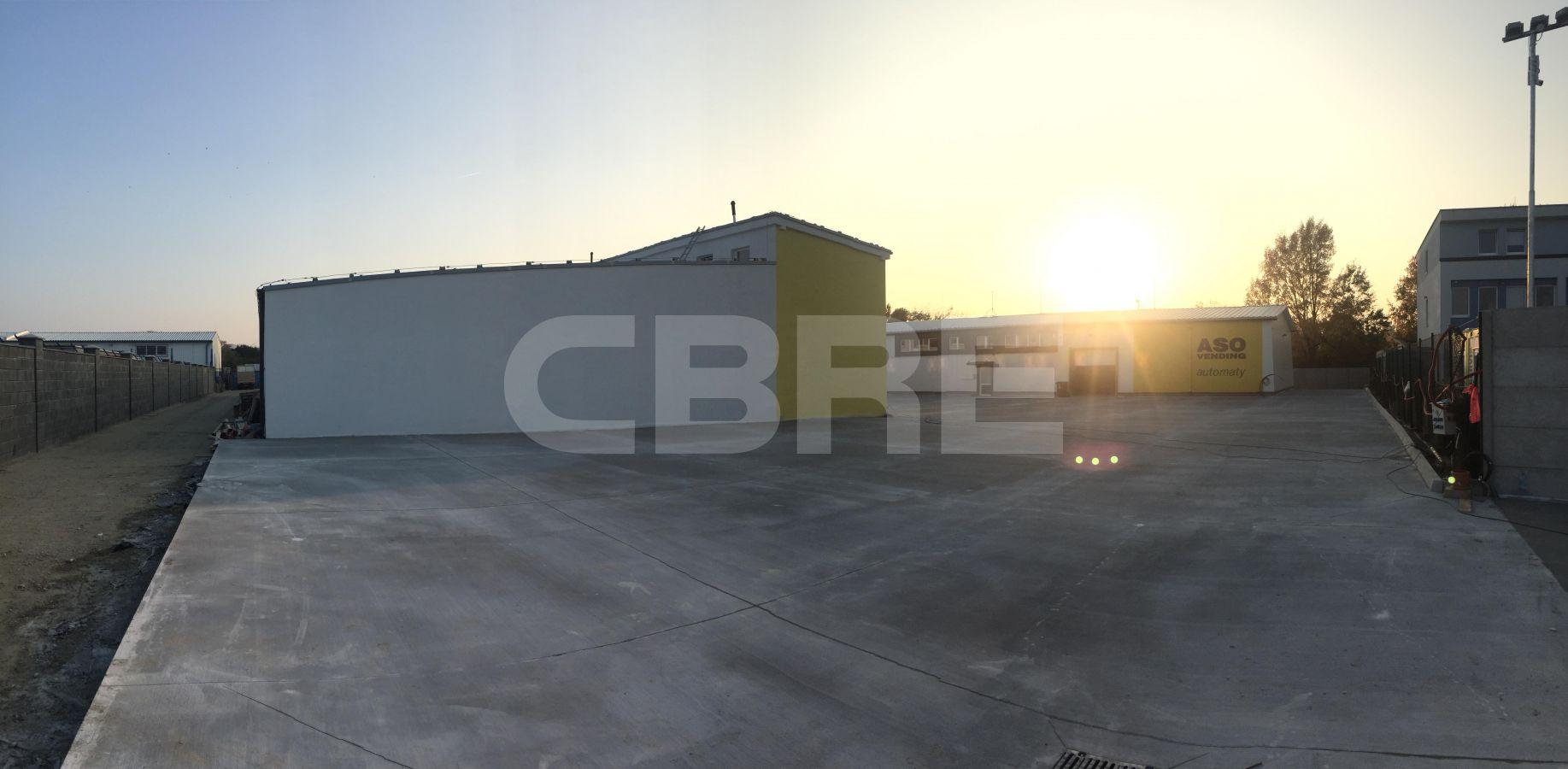 Bojnícka, Bratislava III - 1000 m2, Bratislavský kraj, Bratislava | Prenájom a predaj skladov a výrobných hál od CBRE | 4
