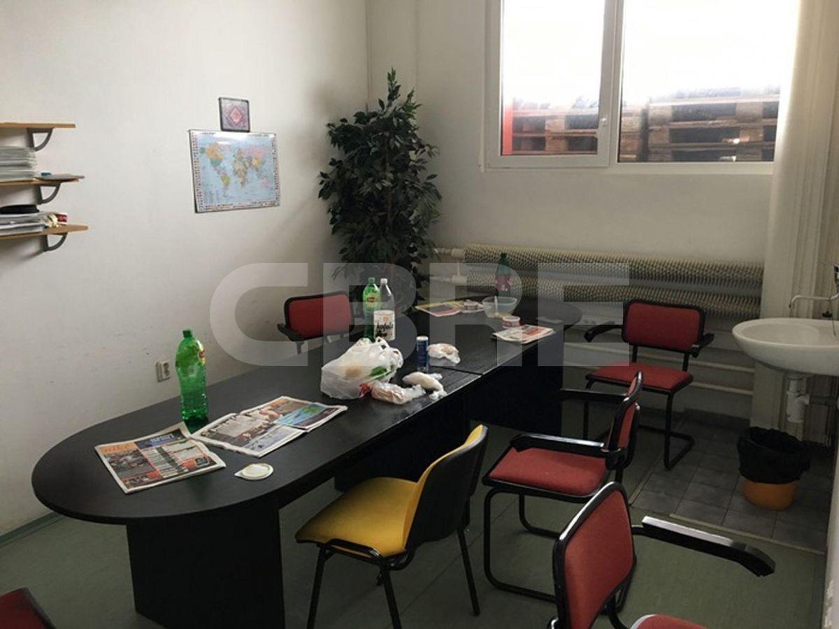 Odborárska, Bratislava III. - 1.718 m2, Bratislavský kraj, Bratislava | Prenájom a predaj skladov a výrobných hál od CBRE | 1