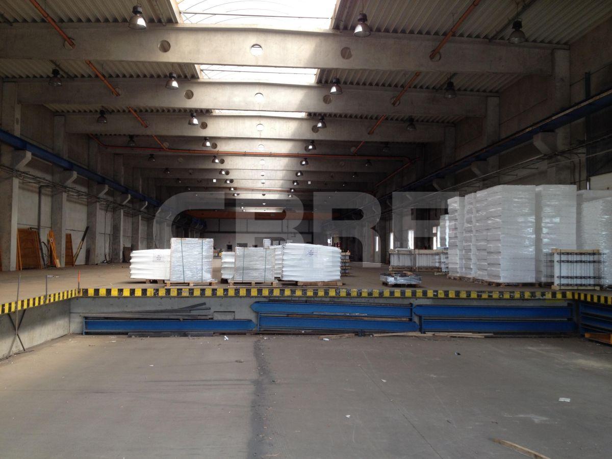 Ivanka pri Dunaji - 2500 m2, Bratislavský kraj, Ivanka pri Dunaji | Prenájom a predaj skladov a výrobných hál od CBRE | 2