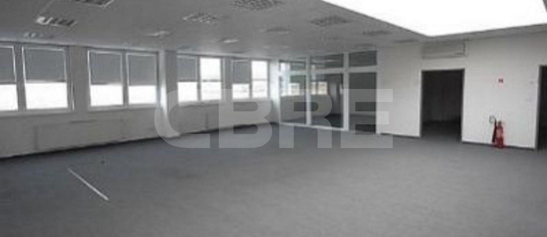 Pezinok, 3000 m2, Bratislavský kraj, Pezinok | Prenájom a predaj skladov a výrobných hál od CBRE