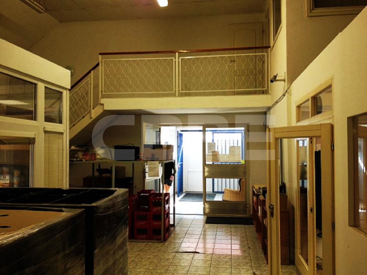 Stará Vajnorská, Bratislava III. - 1664 m2, Bratislavský kraj, Bratislava | Prenájom a predaj skladov a výrobných hál od CBRE | 1