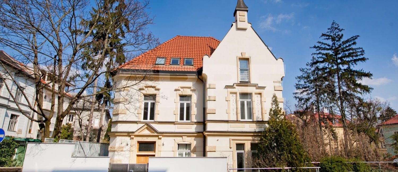 Kuzmányho 8, Bratislava - Staré Mesto | Prenájom kancelárií od CBRE