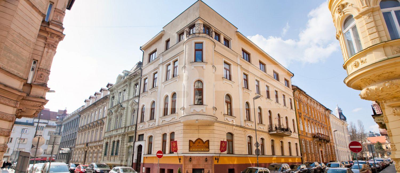 Sládkovičova 7, Bratislava - Staré Mesto | Prenájom kancelárií od CBRE