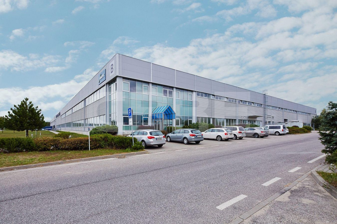AIG Lozorno - Hall B, Bratislavský kraj, Lozorno | Prenájom a predaj skladov a výrobných hál od CBRE | 4