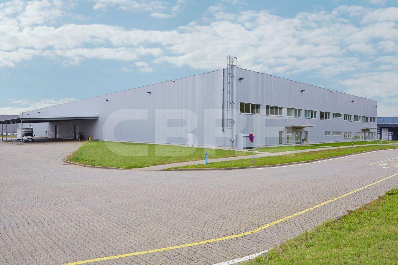 AIG Lozorno - Hall C, Bratislavský kraj, Lozorno | Prenájom a predaj skladov a výrobných hál od CBRE | 3