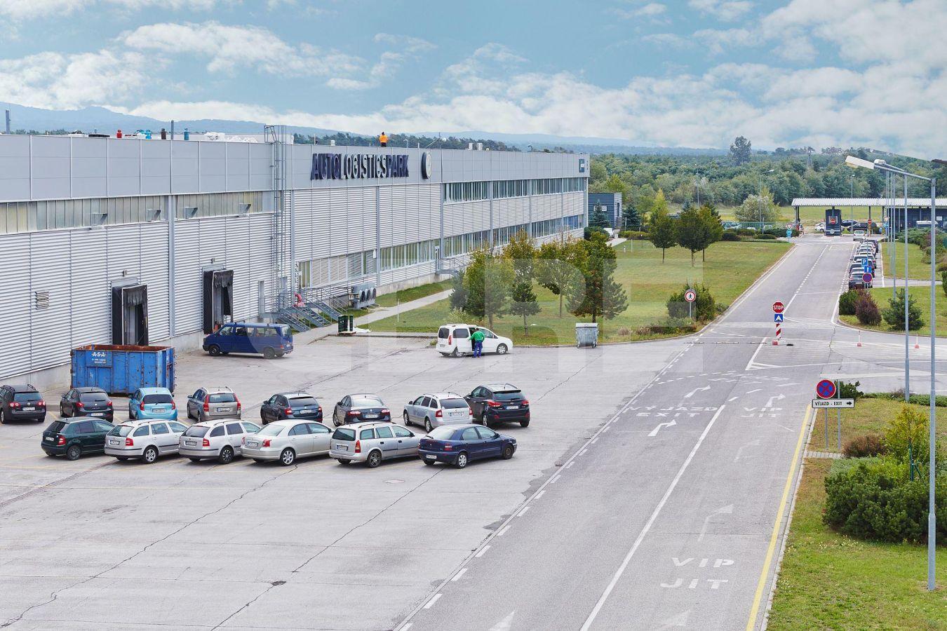 AIG Lozorno - Hall D, Bratislavský kraj, Lozorno | Prenájom a predaj skladov a výrobných hál od CBRE | 2