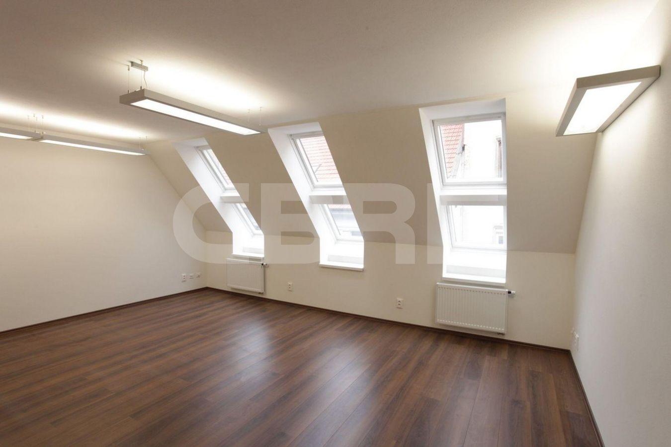 Nedbalova 12, Bratislava - Staré Mesto | Offices for rent by CBRE | 1