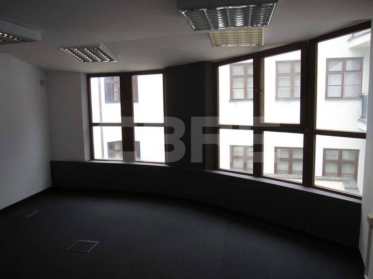 Žižkova 1 - Rybársky cech, Bratislava - Staré Mesto | Prenájom kancelárií od CBRE | 1