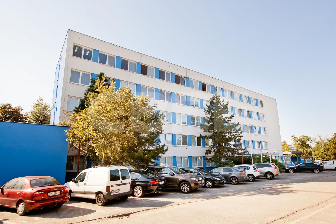 Gogoľova 18, Bratislava - Petržalka | Prenájom kancelárií od CBRE | 1