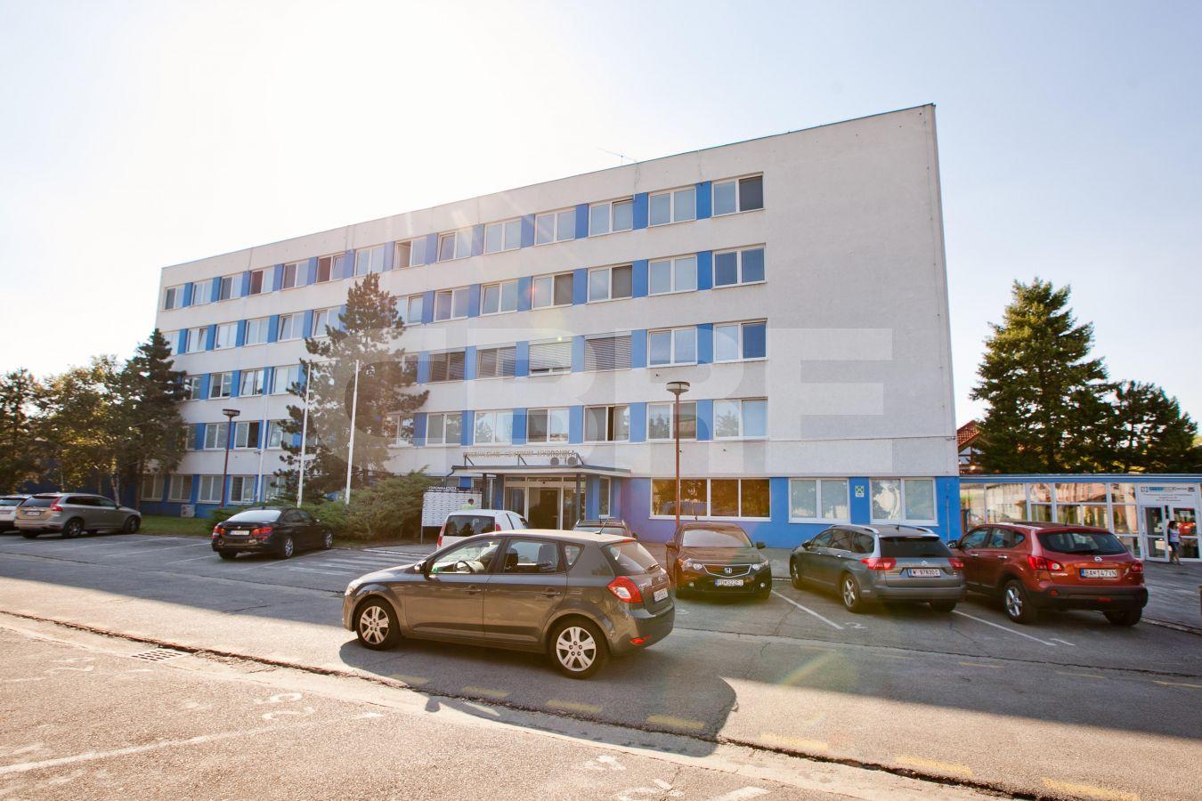 Gogoľova 18, Bratislava - Petržalka | Prenájom kancelárií od CBRE | 2