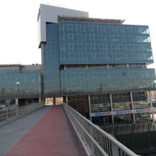 Ravak building, Bratislava - Petržalka | Prenájom kancelárií od CBRE