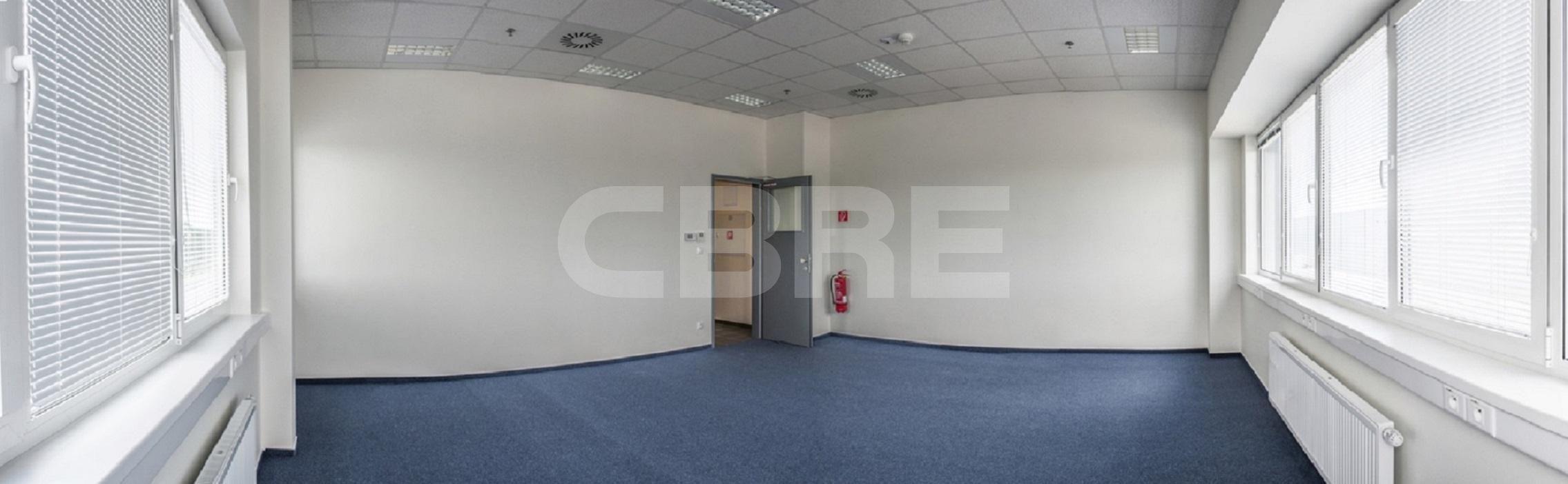 GLP Senec - Hall E, Bratislavský kraj, Senec | Prenájom a predaj skladov a výrobných hál od CBRE | 3
