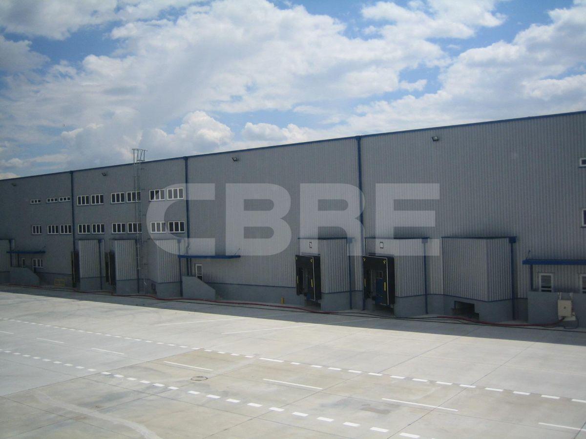 Karimpol Senec - Hall D, Bratislavský kraj, Senec | Prenájom a predaj skladov a výrobných hál od CBRE | 1