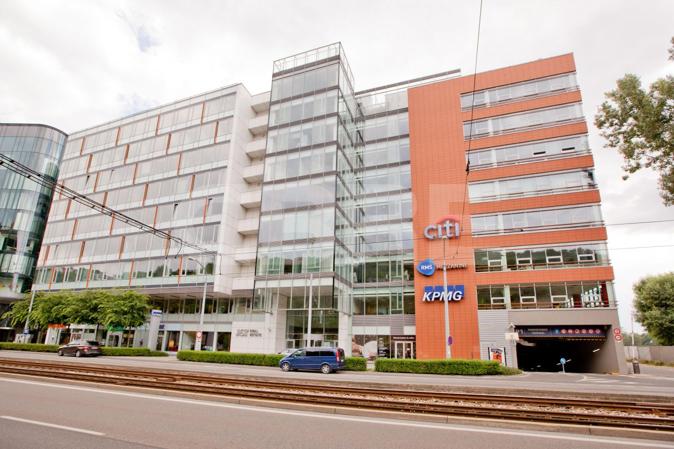 River Park - Block C, Bratislava - Staré Mesto | Offices for rent by CBRE | 1