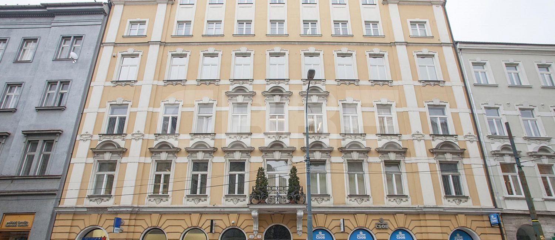 Štúrova 11, Bratislava - Staré Mesto | Prenájom kancelárií od CBRE