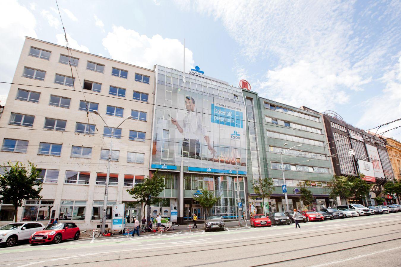 Námestie SNP 29 - CSOB, Bratislava - Staré Mesto | Prenájom kancelárií od CBRE | 2